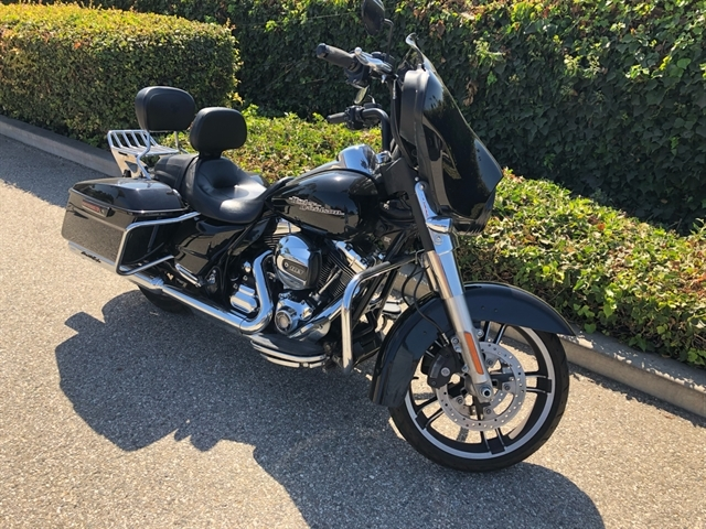 2014 Harley-Davidson Street Glide® Base at Ventura Harley-Davidson