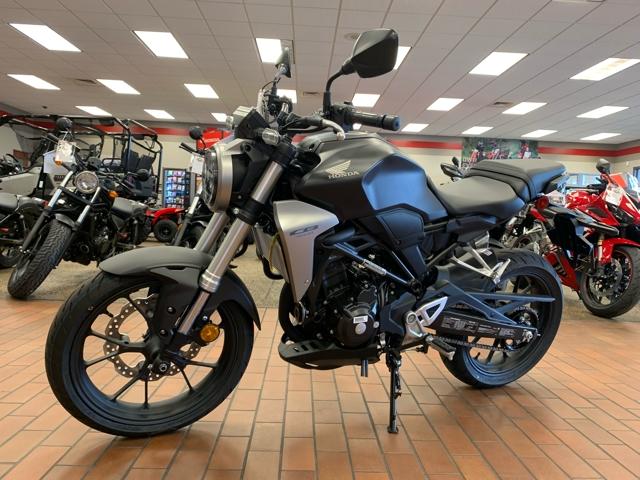 2019 Honda CB300R Base at Mungenast Motorsports, St. Louis, MO 63123
