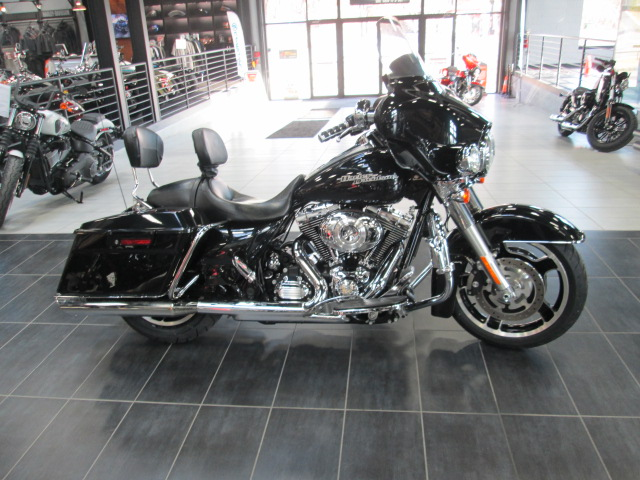 2013 Harley-Davidson Street Glide Base at Garden State Harley-Davidson