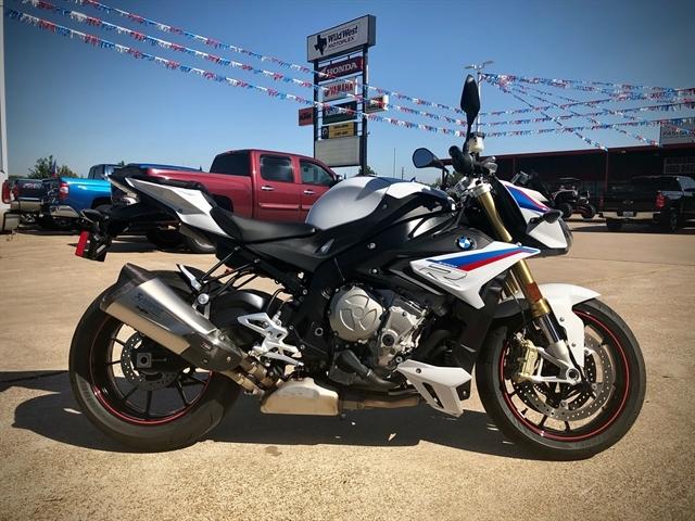 2019 BMW S 1000 R at Wild West Motoplex