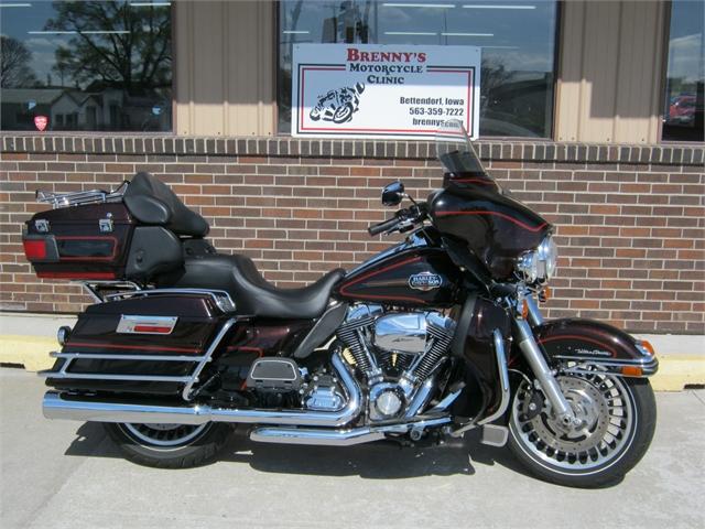 2011 Harley-Davidson Ultra Classic FLHTCU at Brenny's Motorcycle Clinic, Bettendorf, IA 52722