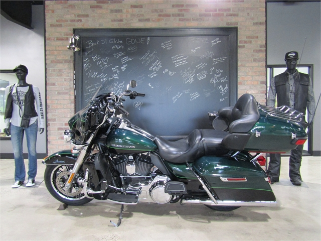2015 Harley-Davidson Electra Glide Ultra Limited at Cox's Double Eagle Harley-Davidson