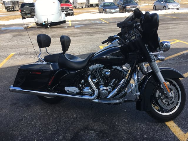 2009 Harley-Davidson Street Glide Base at Randy's Cycle, Marengo, IL 60152