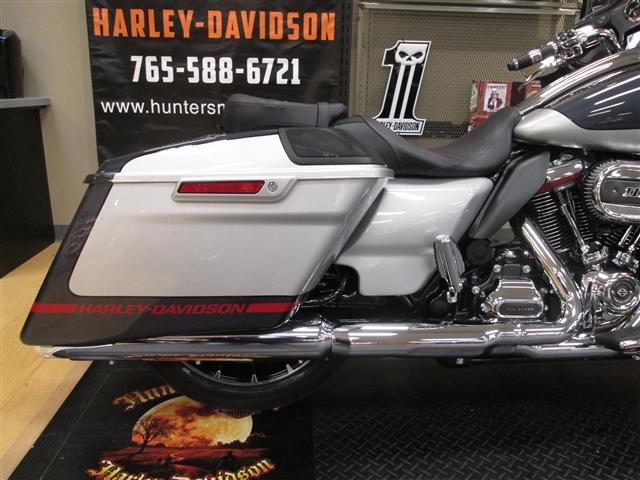 2019 Harley-Davidson Street Glide CVO Street Glide at Hunter's Moon Harley-Davidson®, Lafayette, IN 47905