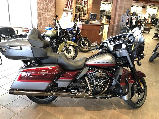 2019 Harley-Davidson Electra Glide CVO Limited at La Crosse Area Harley-Davidson, Onalaska, WI 54650