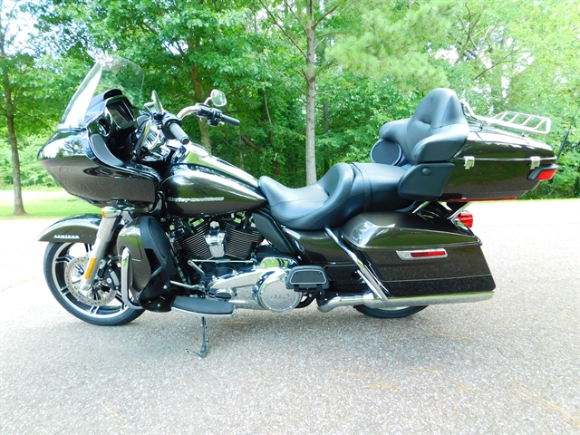 2020 HARLEY DAVIDSON ROAD GLIDE LIMITED FLTRK at Bumpus H-D of Collierville