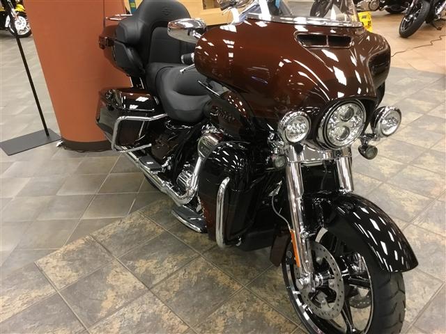 2019 Harley-Davidson Electra Glide CVO Limited at Bud's Harley-Davidson Redesign