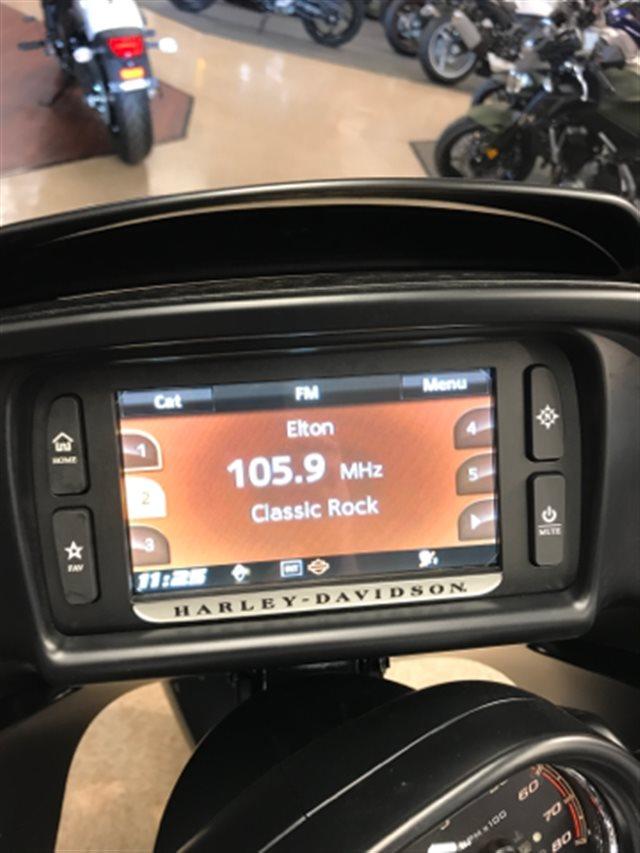 2017 Harley-Davidson Road Glide Ultra at Sloan's Motorcycle, Murfreesboro, TN, 37129