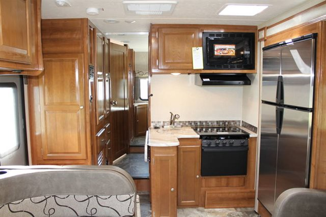 2019 coachmen leprechaun 260ds rear bedroom campers rv center. Black Bedroom Furniture Sets. Home Design Ideas