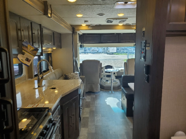 2020 Coachmen Mirada 29FW at Campers RV Center, Shreveport, LA 71129