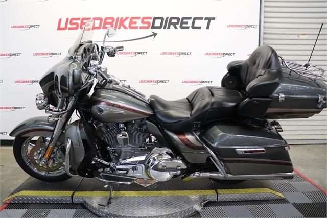 2016 Harley-Davidson Electra Glide CVO Limited at Used Bikes Direct
