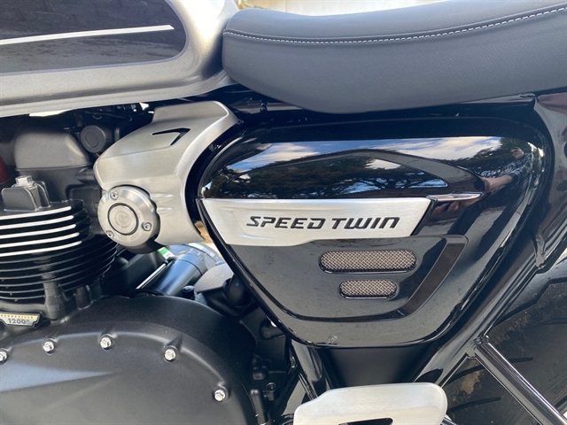 2020 Triumph Speed Twin Base at Frontline Eurosports