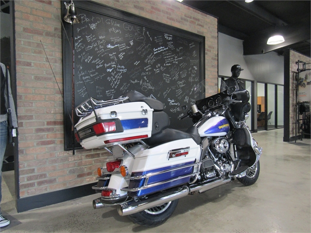 2010 Harley-Davidson Electra Glide Ultra Classic at Cox's Double Eagle Harley-Davidson