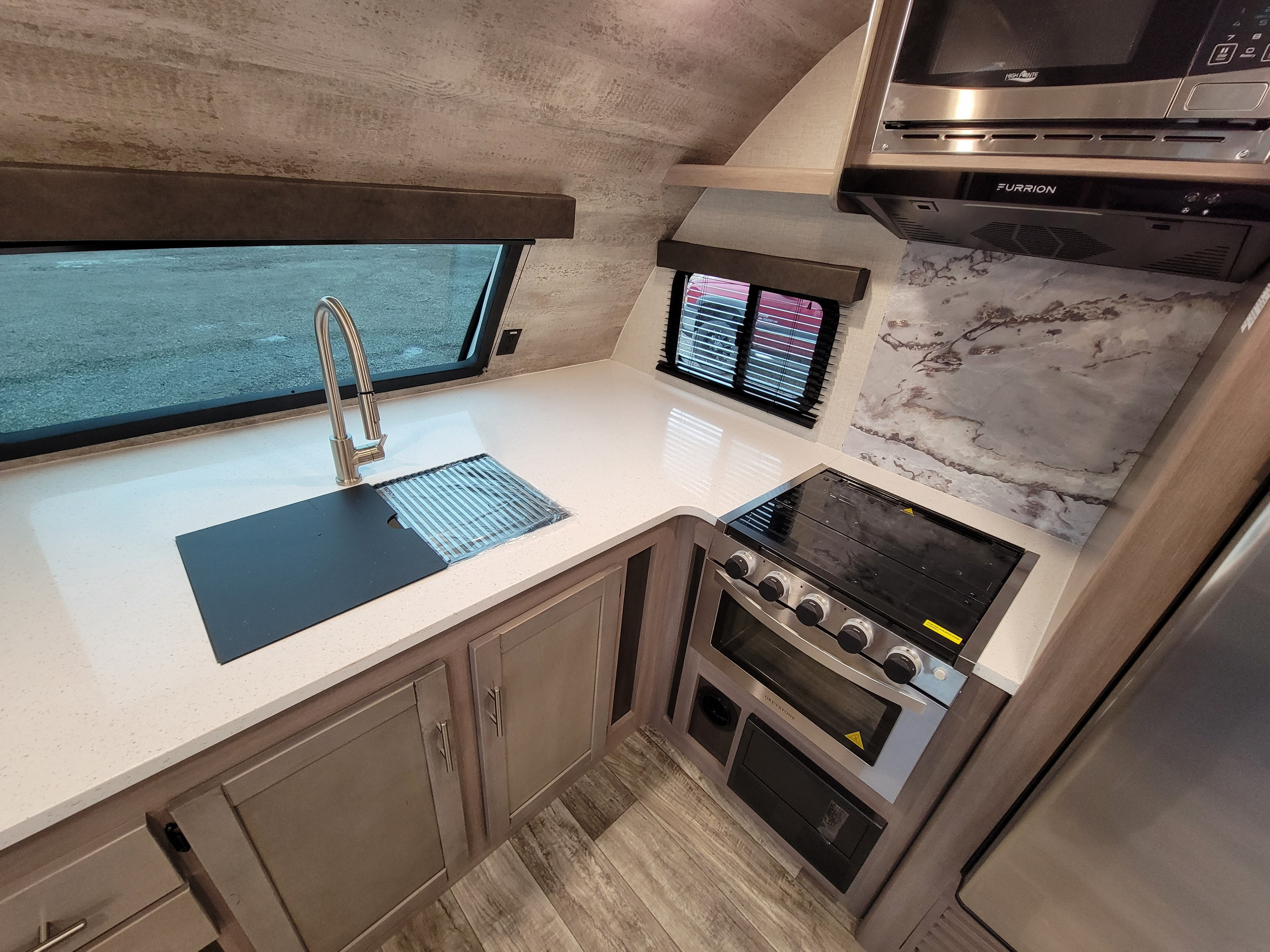 2021 CrossRoads Sunset Trail Super Lite SS257FK at Lee's Country RV