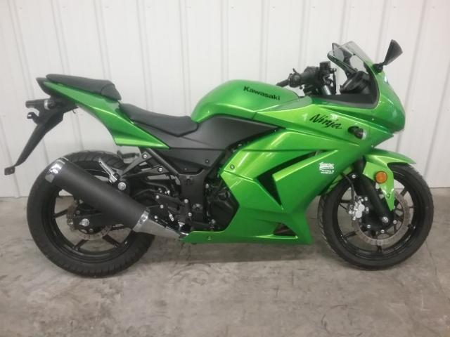2012 Kawasaki Ninja 250R at Thornton's Motorcycle - Versailles, IN