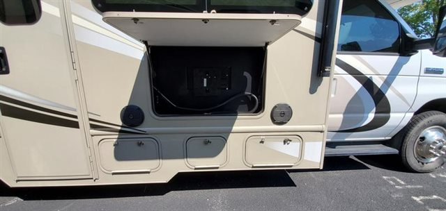 2017 Thor Motor Coach Chateau 31W at Youngblood Powersports RV Sales and Service