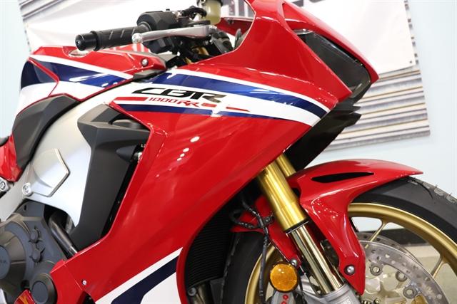2019 Honda CBR1000RR SP at Used Bikes Direct