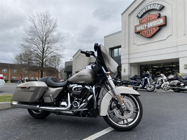 2018 HARLEY FLHX at Southside Harley-Davidson