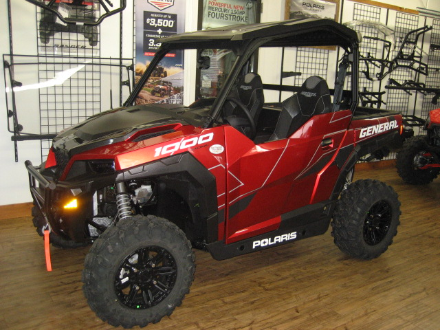 2020 Polaris General Deluxe - Sunset Red at Fort Fremont Marine