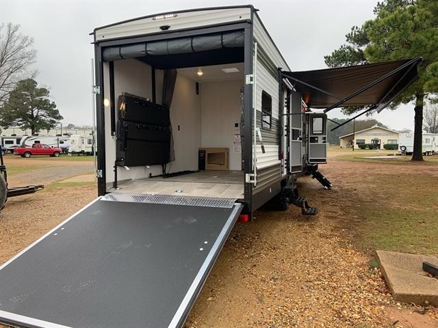2020 Palomino Puma XLE Lite 29TSS at Campers RV Center, Shreveport, LA 71129
