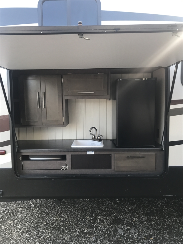 2018 CrossRoads Cruiser Aire CR29BH at Lee's Country RV