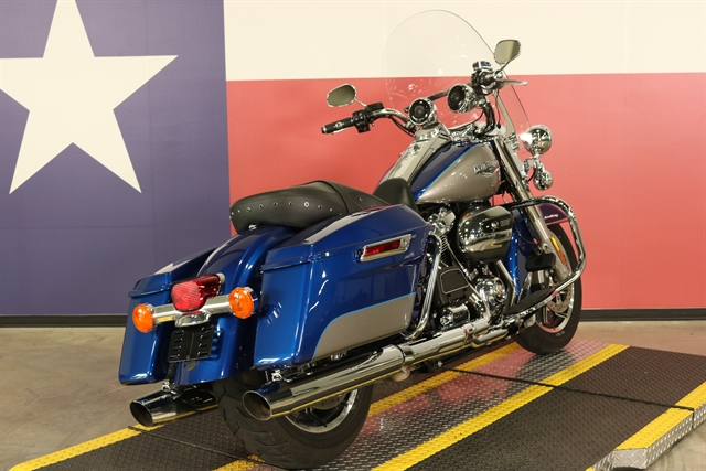 2017 Harley-Davidson Road King Base at Texas Harley