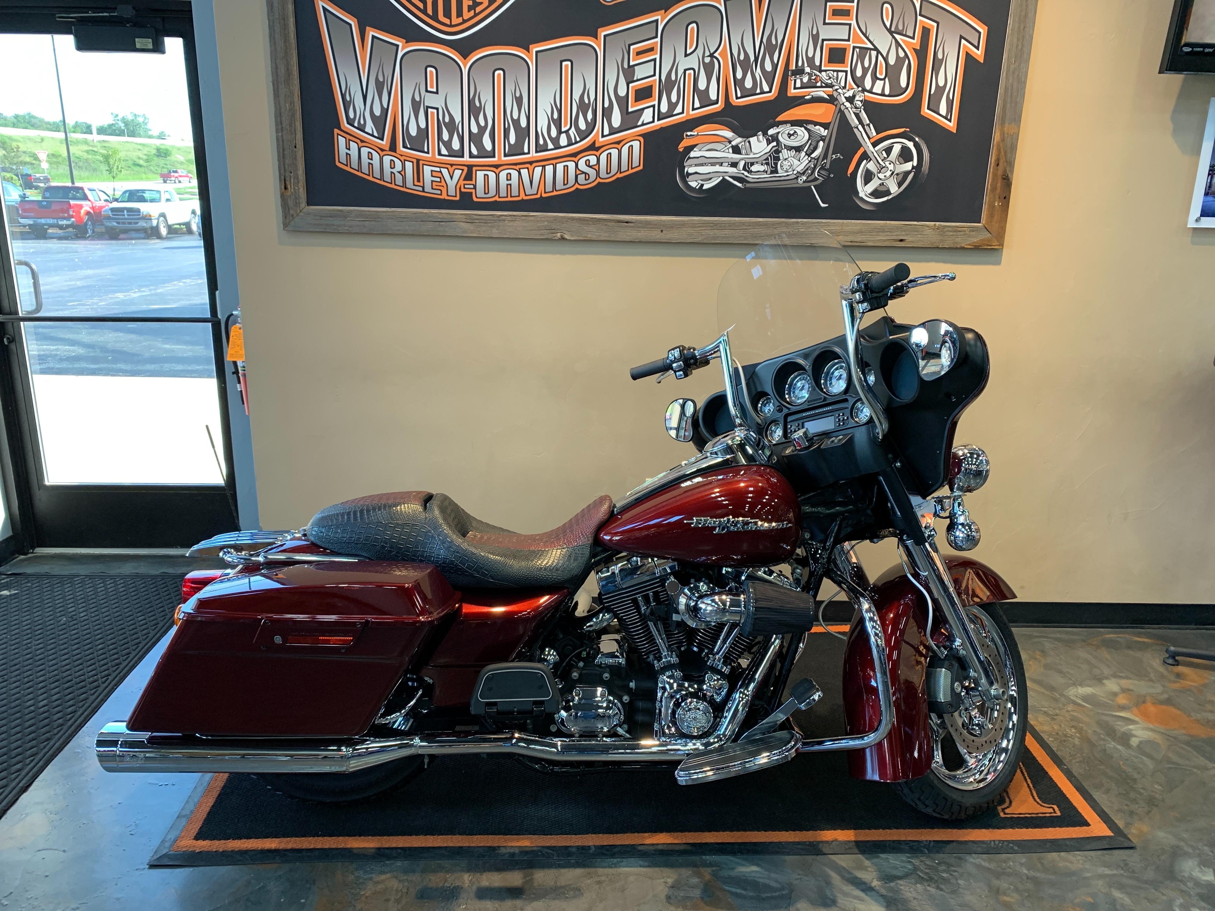2008 Harley-Davidson Street Glide Base at Vandervest Harley-Davidson, Green Bay, WI 54303