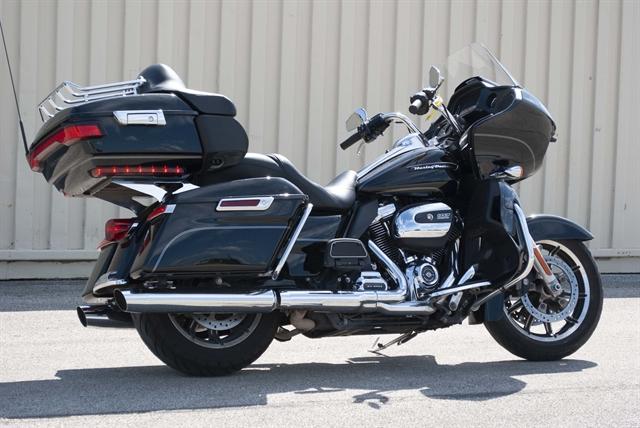 2017 Harley-Davidson Road Glide Ultra at Javelina Harley-Davidson