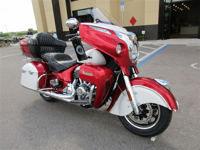 2019 Indian Roadmaster ICON Ruby Metallic / Pearl White at Fort Myers