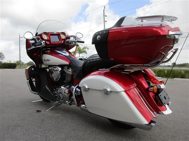 2019 Indian Roadmaster ICON Ruby Metallic / Pearl White at Stu's Motorcycle of Florida