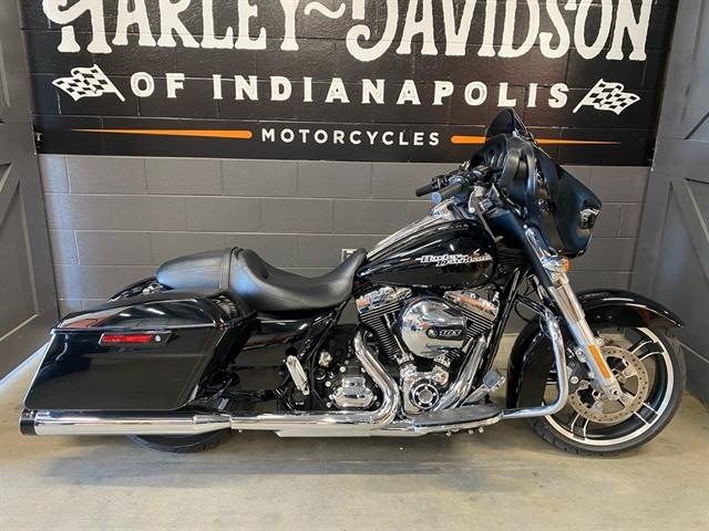 2016 Harley-Davidson Street Glide Base at Harley-Davidson of Indianapolis