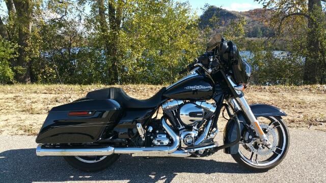 2016 Harley-Davidson Street Glide Special at Harley-Davidson® Shop of Winona, Winona, MN 55987