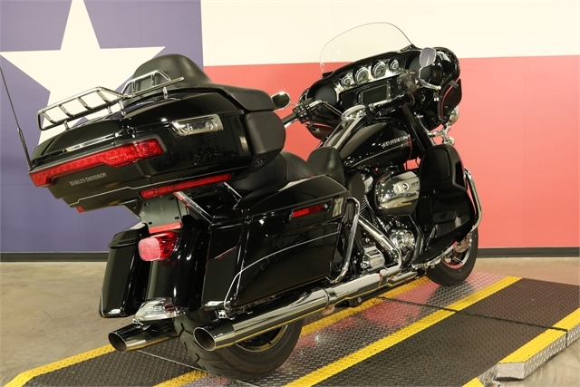 2017 Harley-Davidson Electra Glide Ultra Limited Low at Texas Harley