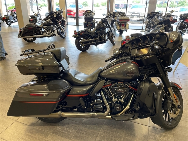 2018 Harley-Davidson Street Glide CVO Street Glide at Tripp's Harley-Davidson