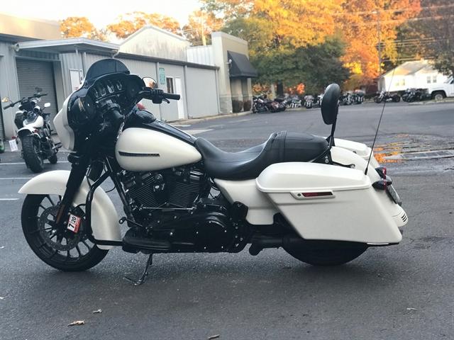 2018 Harley-Davidson Street Glide Special at Southside Harley-Davidson