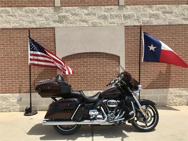 2019 Harley-Davidson Electra Glide CVO Limited at Roughneck Harley-Davidson