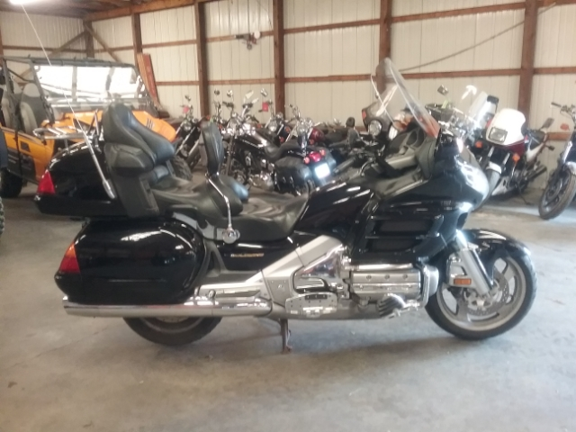 2002 Honda GL18002 at Thornton's Motorcycle - Versailles, IN