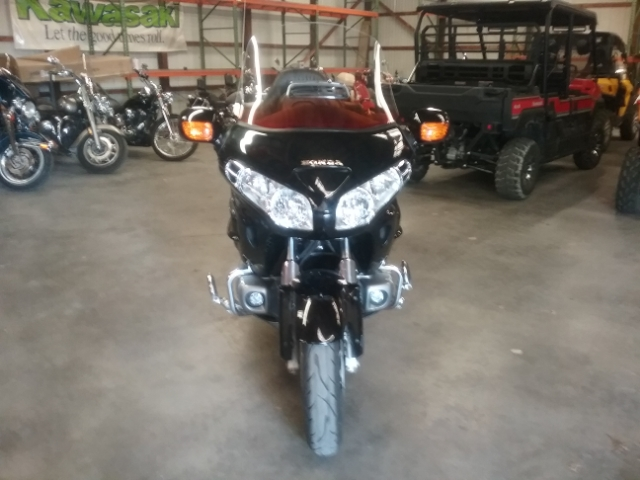 2002 Honda GL18002 at Thornton's Motorcycle - Versailles, IN