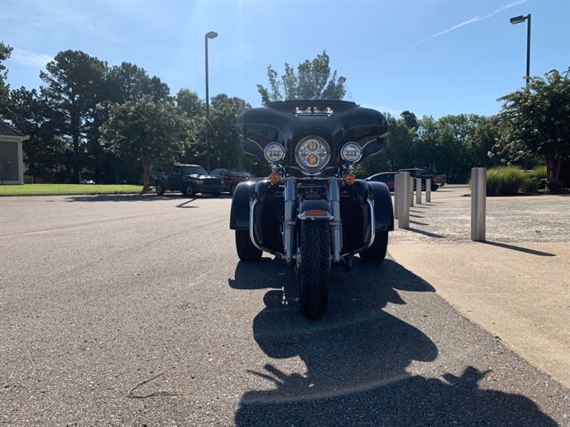 2016 Harley-Davidson Trike Tri Glide Ultra at Bumpus H-D of Jackson