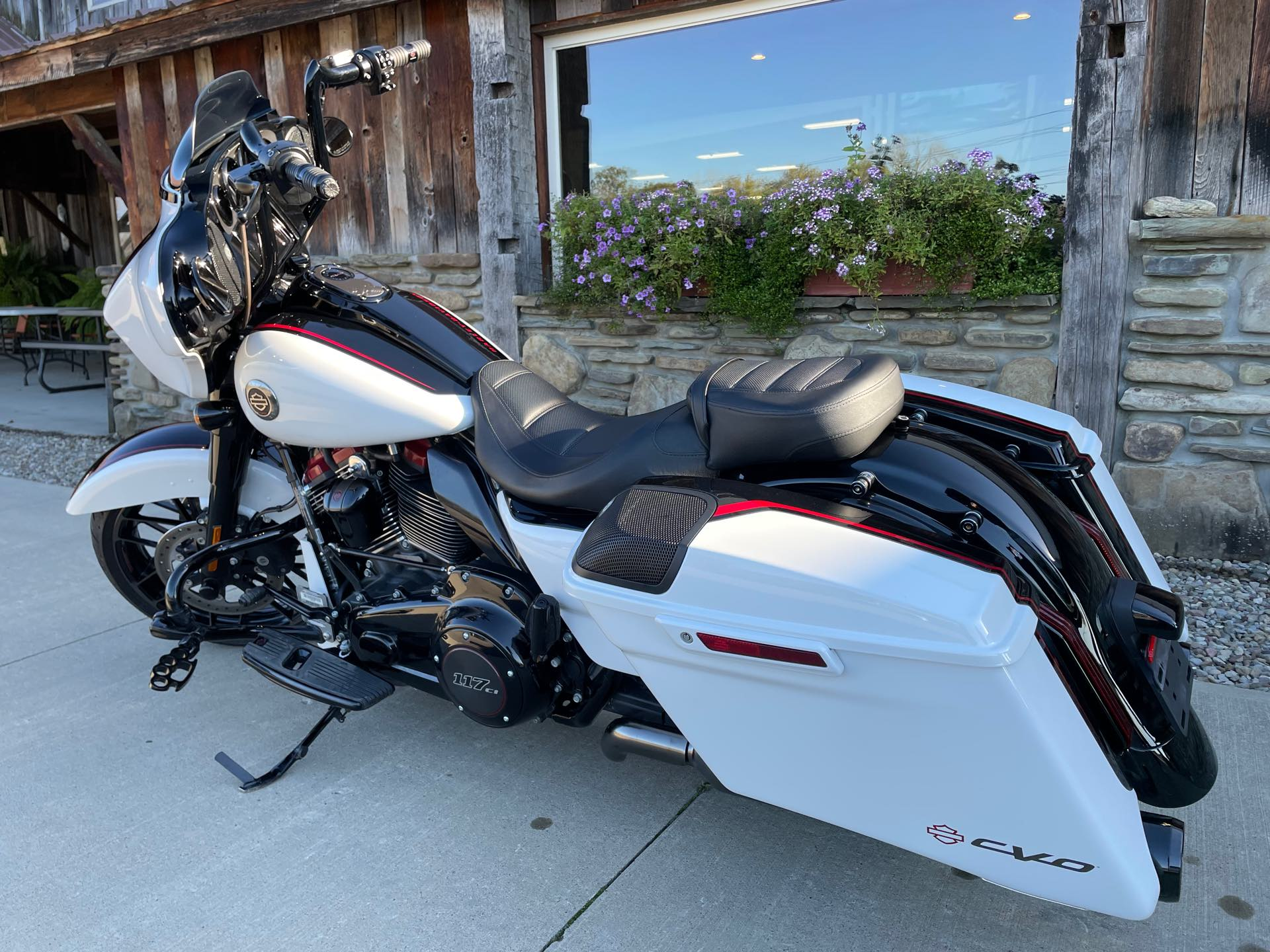 2021 Harley-Davidson Grand American Touring CVO Street Glide at Arkport Cycles