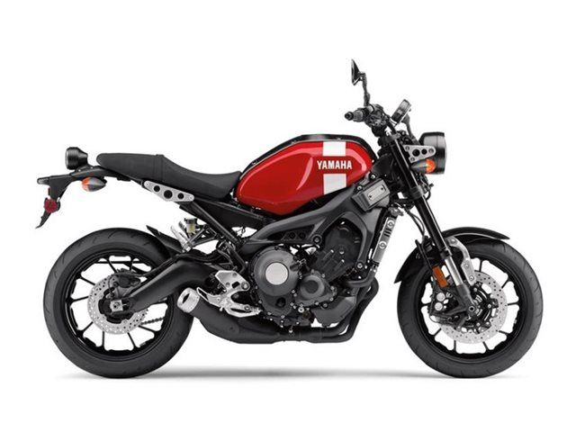 2018 Yamaha XSR900 at Brenny's Motorcycle Clinic, Bettendorf, IA 52722
