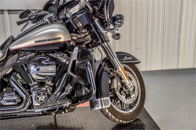 2015 Harley-Davidson Electra Glide Ultra Limited Low at Thornton's Motorcycle - Versailles, IN