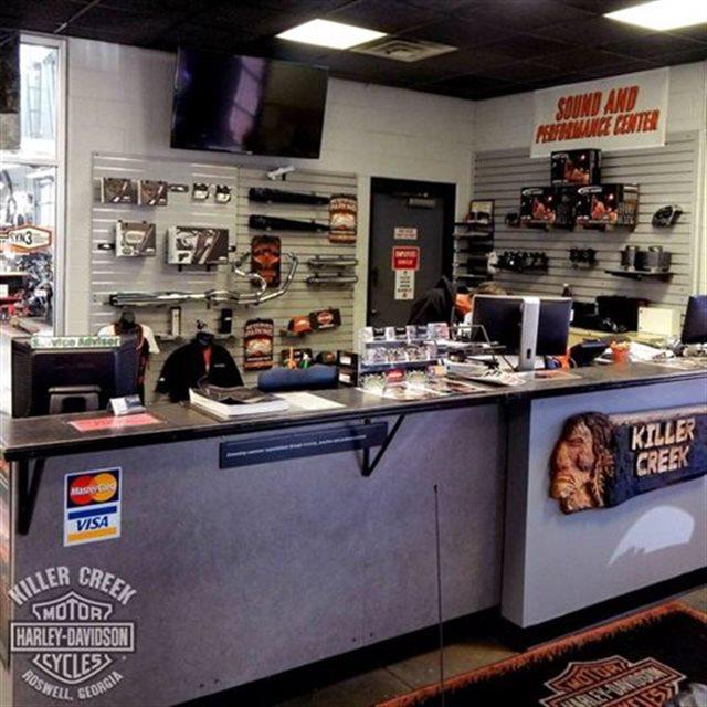 2017 Harley-Davidson Street Glide CVO™ Street Glide® at Killer Creek Harley-Davidson®, Roswell, GA 30076