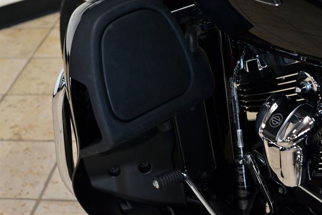 2018 Harley-Davidson Trike Tri Glide® Ultra at Destination Harley-Davidson®, Tacoma, WA 98424