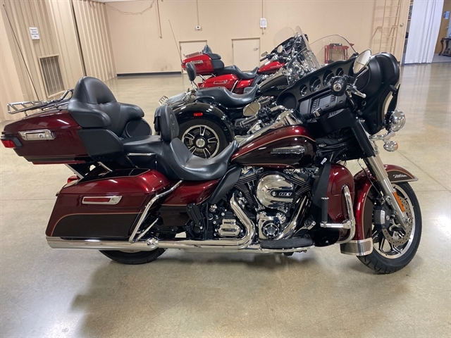 2015 Harley-Davidson Electra Glide Ultra Classic Low at Bumpus H-D of Jackson