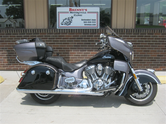 2017 Indian Motorcycle Roadmaster Classic at Brenny's Motorcycle Clinic, Bettendorf, IA 52722
