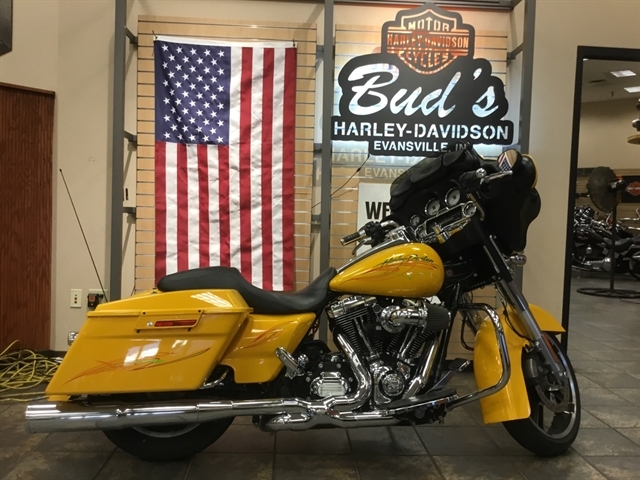 2013 Harley-Davidson Street Glide Base at Bud's Harley-Davidson