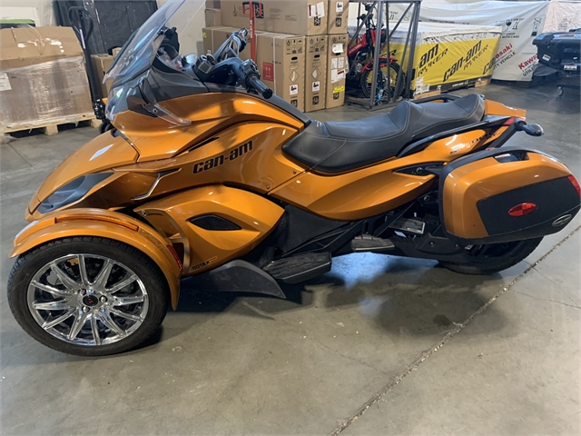 2014 Can-Am Spyder ST-Limited at Star City Motor Sports
