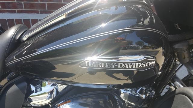 2017 Harley-Davidson Trike Tri Glide Ultra at Harley-Davidson® of Atlanta, Lithia Springs, GA 30122