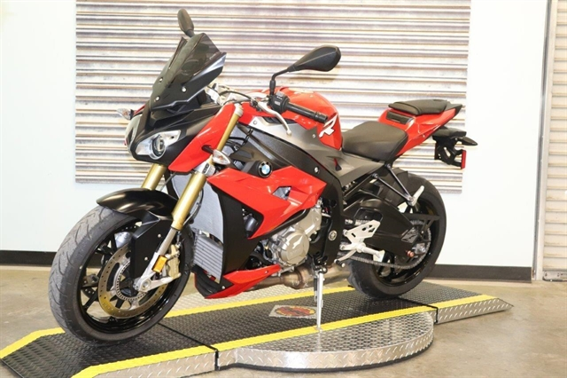 2016 BMW S 1000 R at Used Bikes Direct